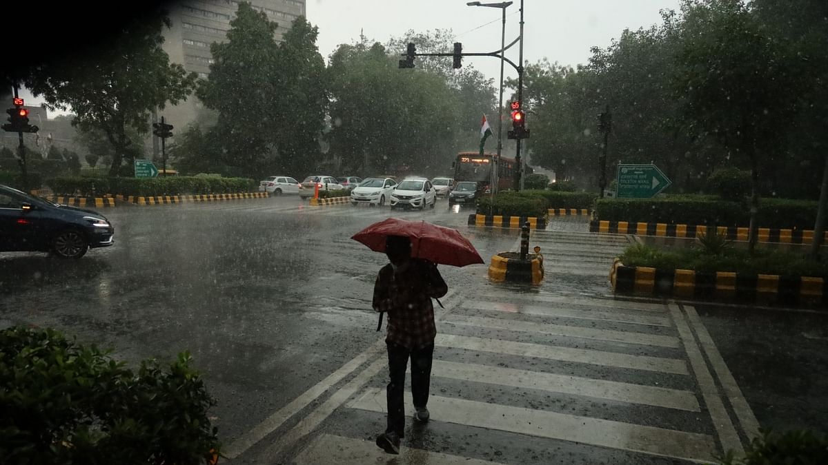 Several areas waterlogged after heavy rain lashes Delhi-NCR