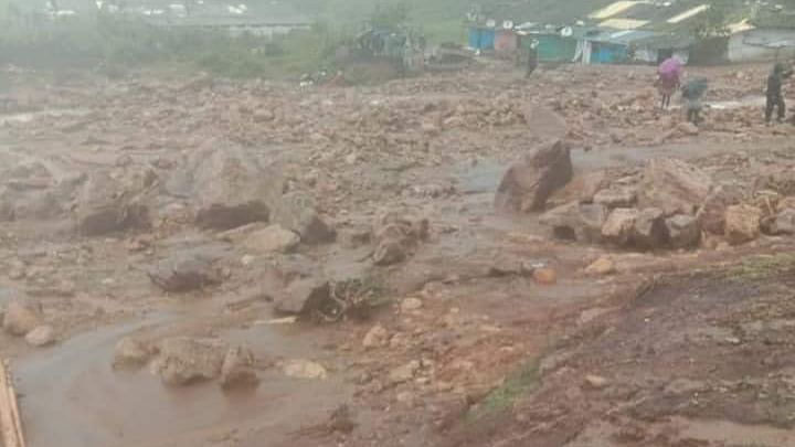 Gloom deepens at Kerala landslide site; 24 bodies dug out so far