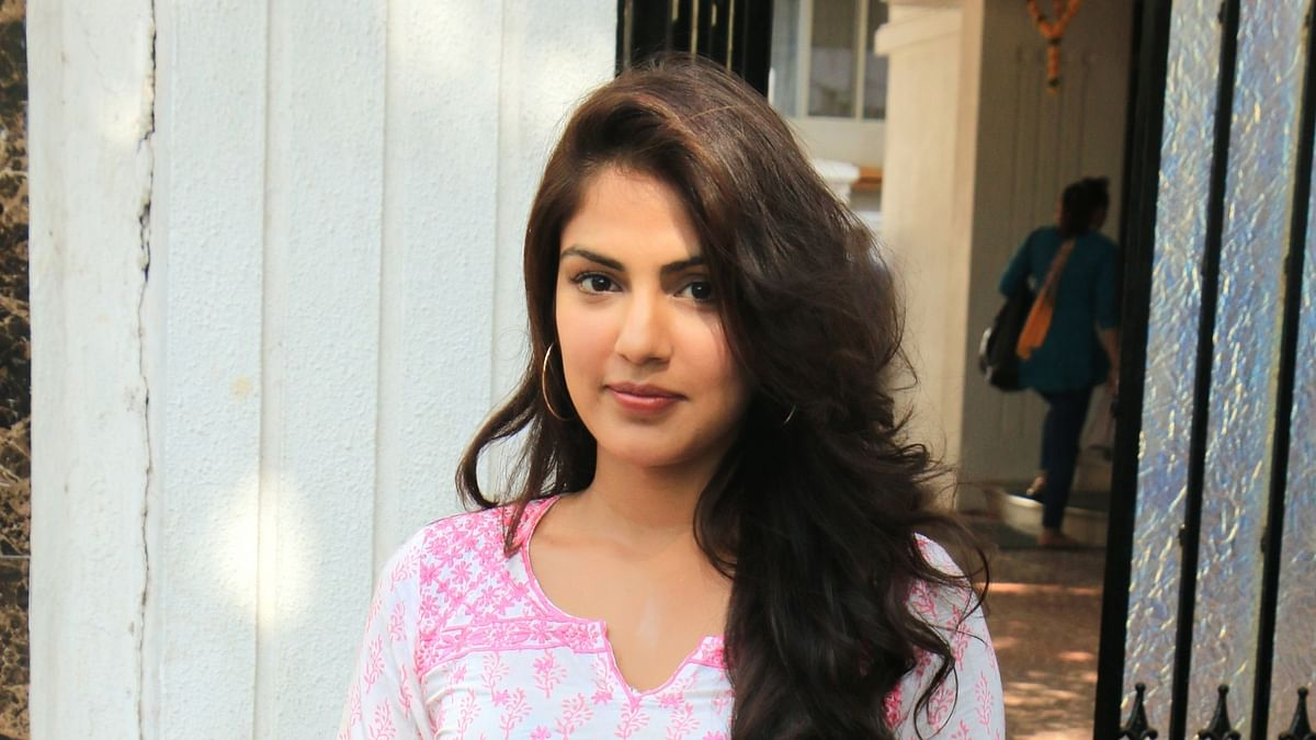 Bombay HC grants bail to Rhea Chakraborty