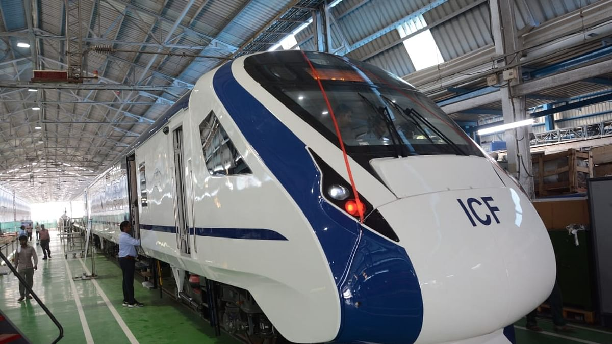 Indian Railways cancel tender for manufacturing of 44 Vande Bharat Express rakes