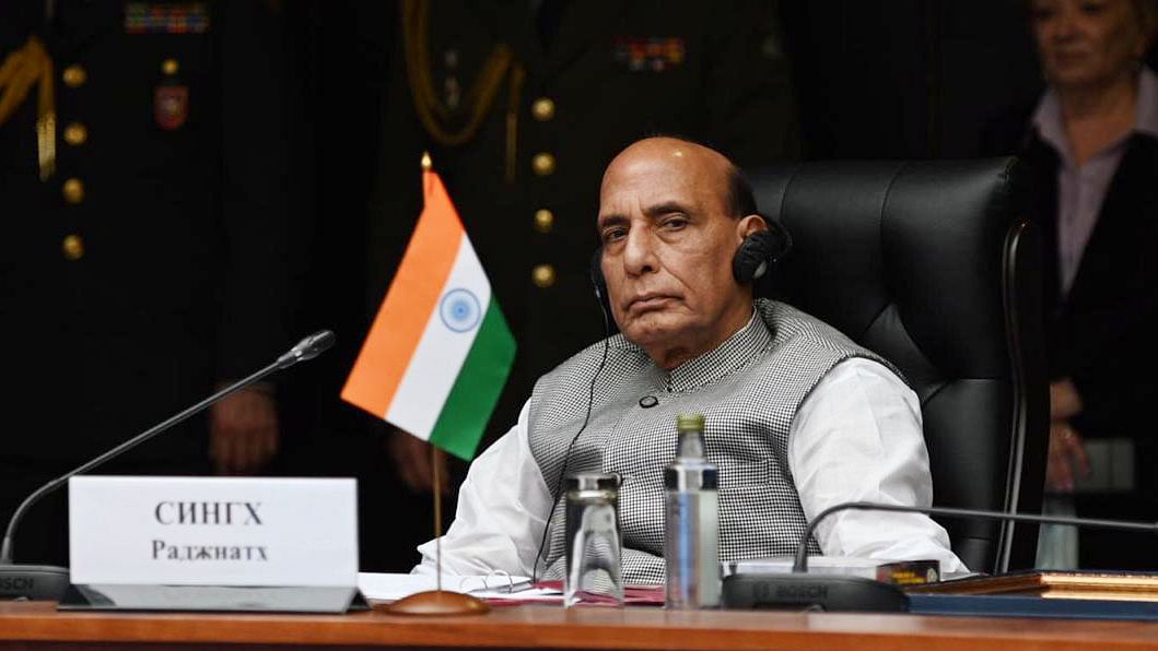 Rajnath to halt in Tehran, meet Iranian counterpart