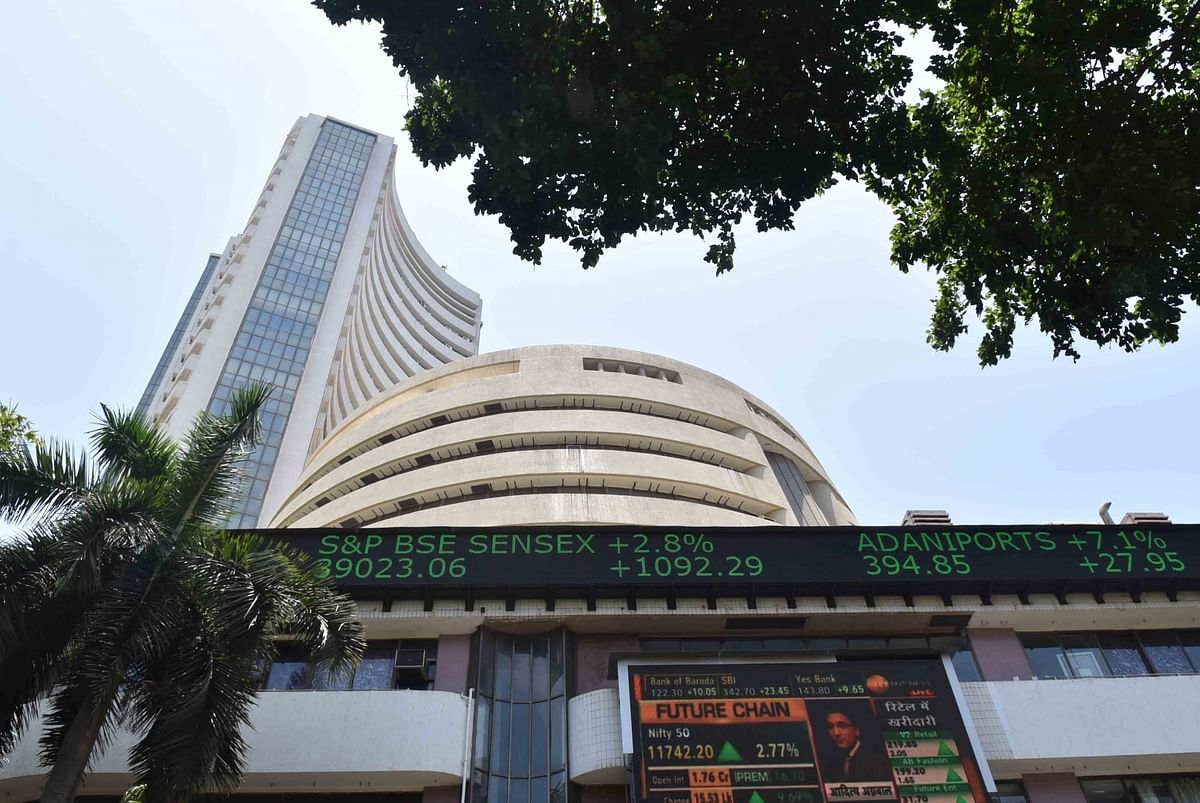 Sensex closes 282 points higher amid volatility