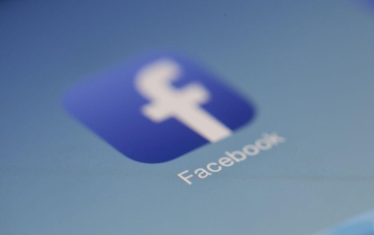 Facebook anniversaries inspire reflection, nostalgia