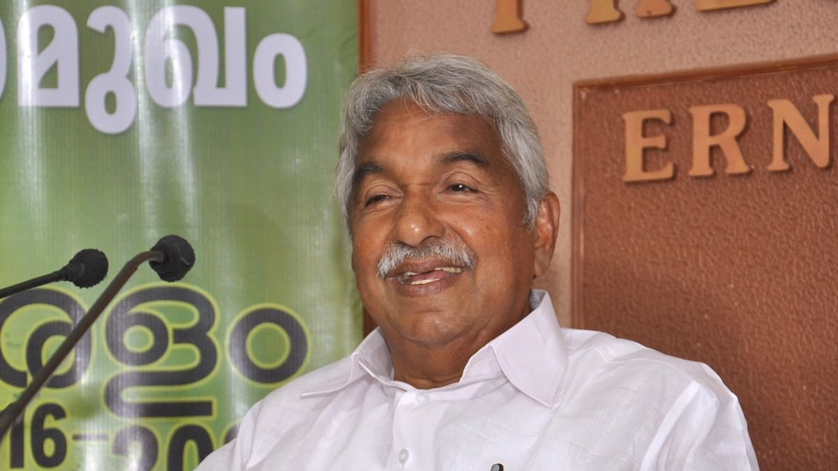 Former Kerala CM Oommen Chandy goes into isolation after driver tests positive for COVID