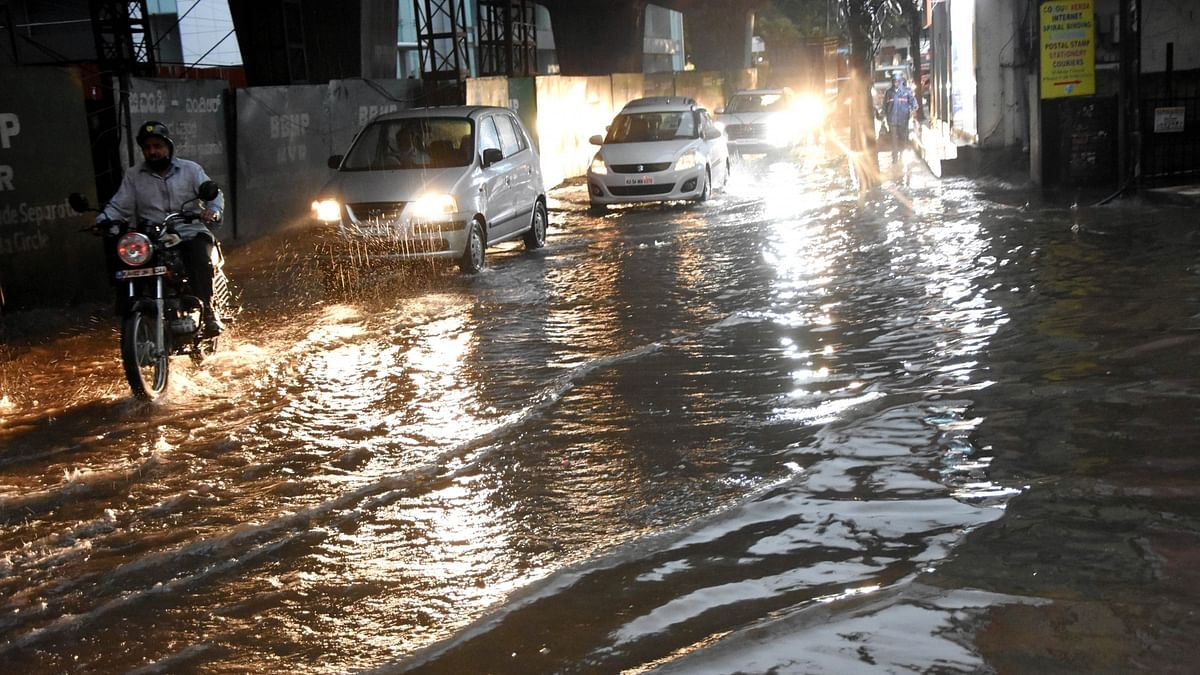 Heavy rains cause flash floods in Karnataka