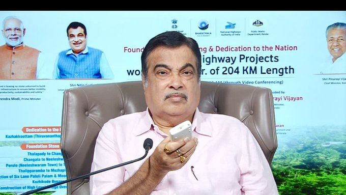 Gadkari inaugurates, lays foundation stone for 8 highway projects in Kerala