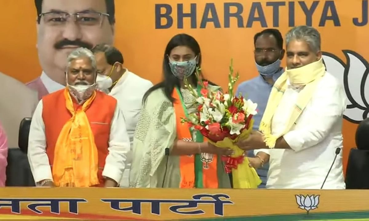 Arjuna Award-winning shooter Shreyashi Singh joining the Bharatiya Janata Party at its headquarters in Delhi on October 4, 2020.