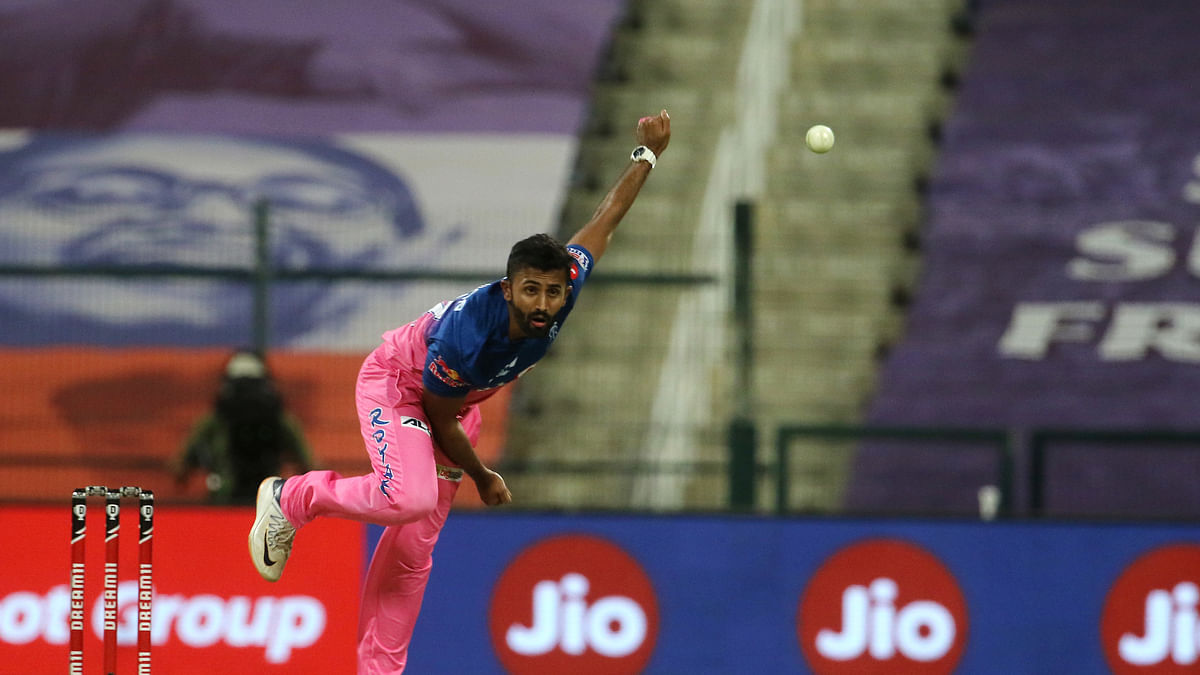 Rajasthan Royals restrict Chennai Super Kings to 125/5