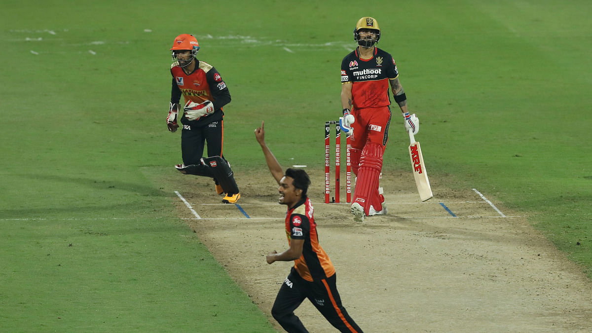 SunRisers Hyderabad restrict Royal Challengers Bangalore to 120/7