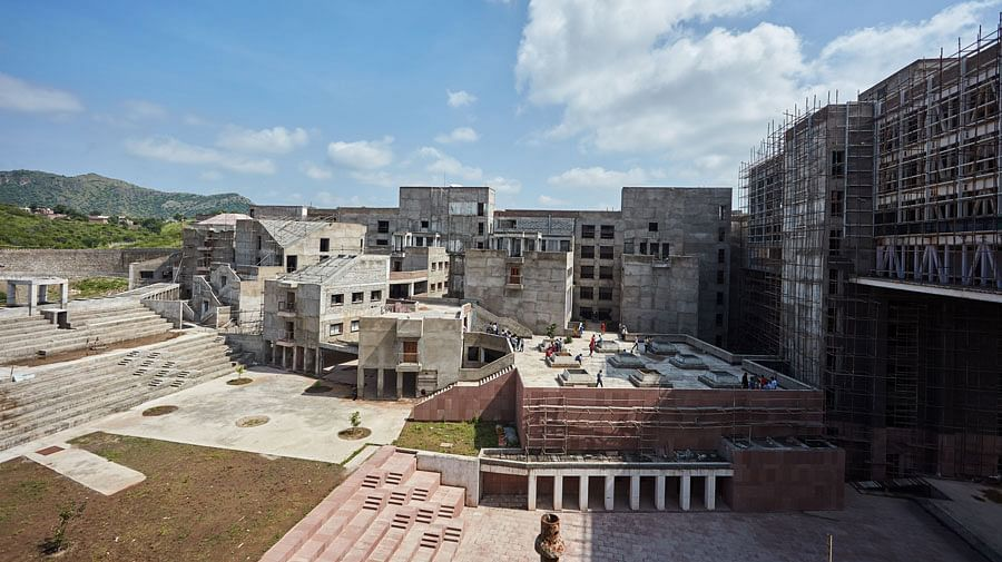 IIM Udaipur invites applications for one-year MBA in Digital Enterprise Management