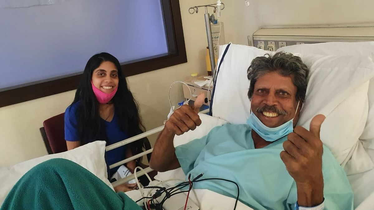 Kapil Dev flashes double thumbs-up sign after angioplasty