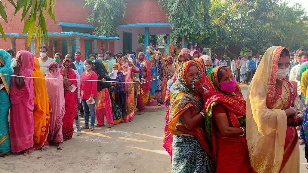 Over 57% polling in third phase of Bihar polls, one shot dead