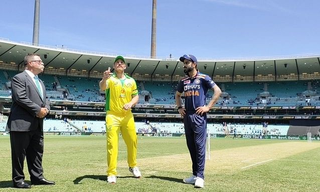 Australia opt to bat first in 2nd ODI against India