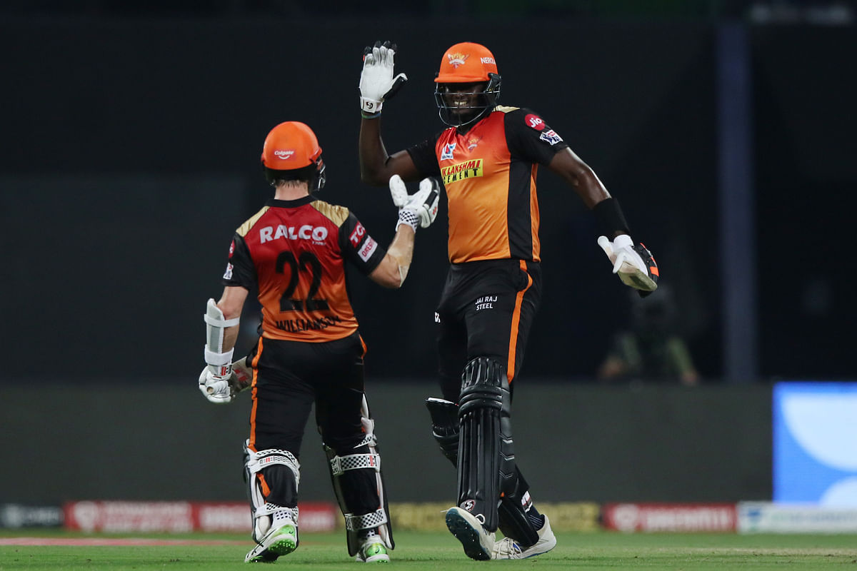 All-round Holder, Williamson lead SRH to 6-wkt win over RCB