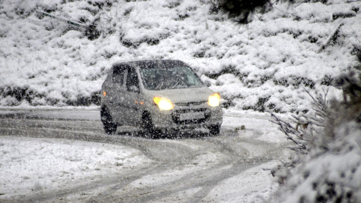 Leh freezes at minus 12.9, mercury dips across J&K