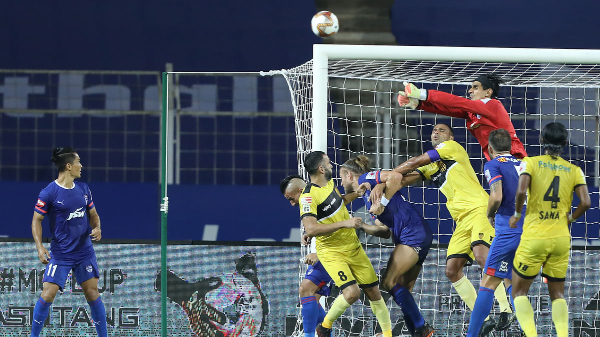Football ISL:  Hyderabad play out drab draw with Bengaluru