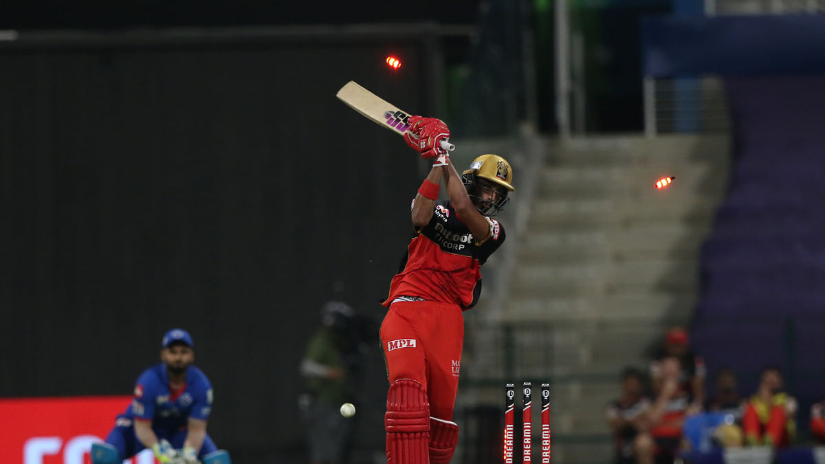 Delhi Capitals restrict Royal Challengers Bangalore to 152/7