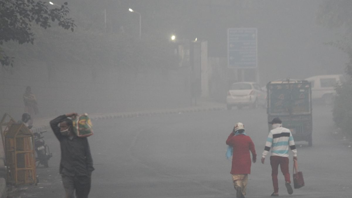 Slight improvement in air quality as Delhi-NCR receives light rain