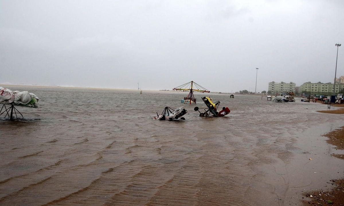 A view of a beach in Chennai as Cyclone Nivar approached the Tamil Nadu-Puducherry  coast, on November 25, 2020.