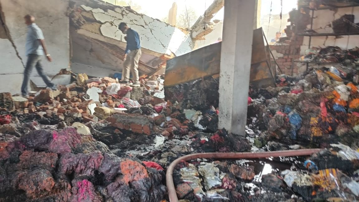 Major blast in Ahmedabad factory kills 9