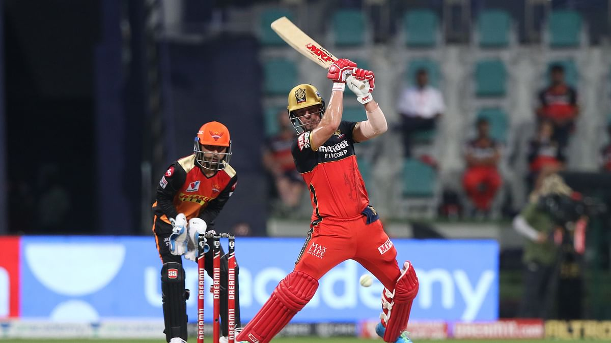 Holder takes three as SRH restrict RCB to 131/7