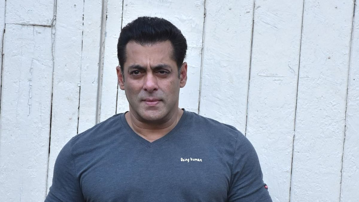 Salman and family in isolation as staff test Covid-positive: Reports