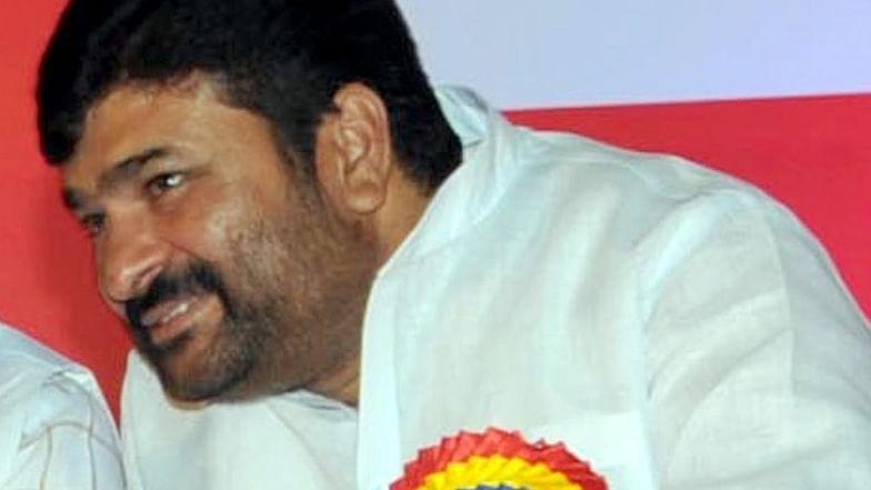 CBI questions ex-Karnataka Minister Kulkarni in 2016 murder case