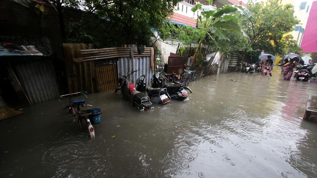 Cyclone Nivar starts landfall close to Puducherry