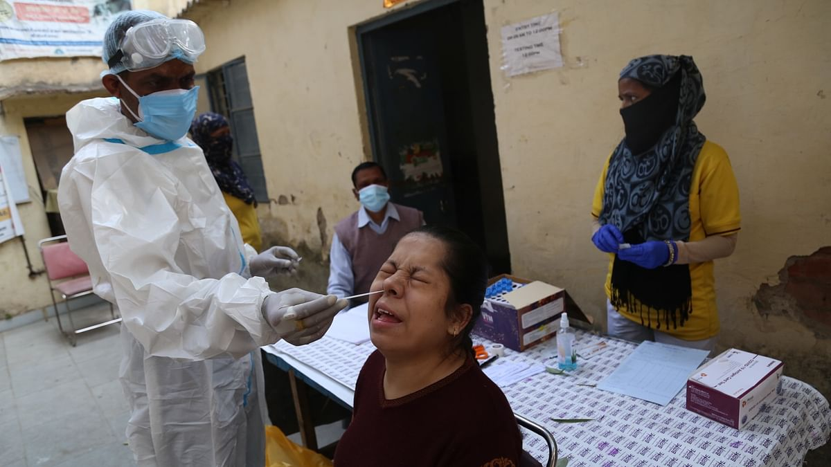 India reports 299 COVID-19 deaths, 21,822 new cases in past 24 hours