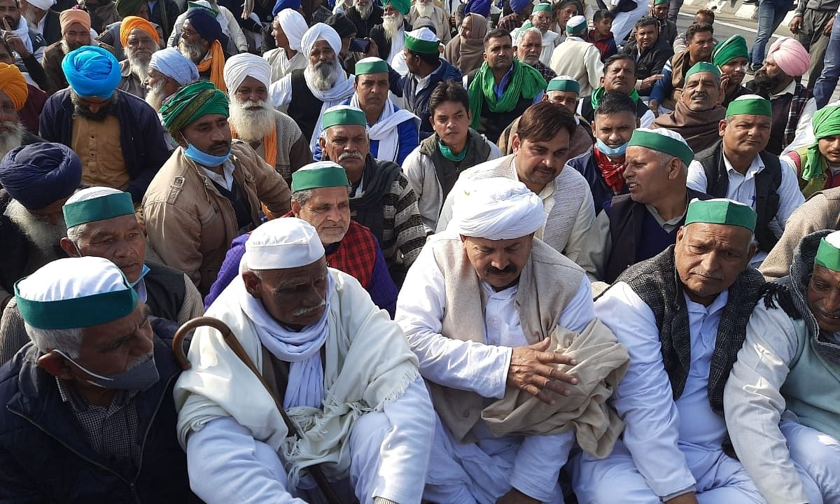 Farmers continuing to protest against the new farm laws for the 22nd consecutive day at Ghazipur on the Delhi-Uttar Pradesh  border, on December 17, 2020.