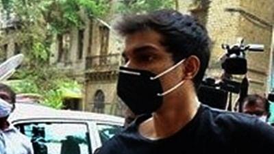 Mumbai court grants bail to Showik Chakraborty in drugs case