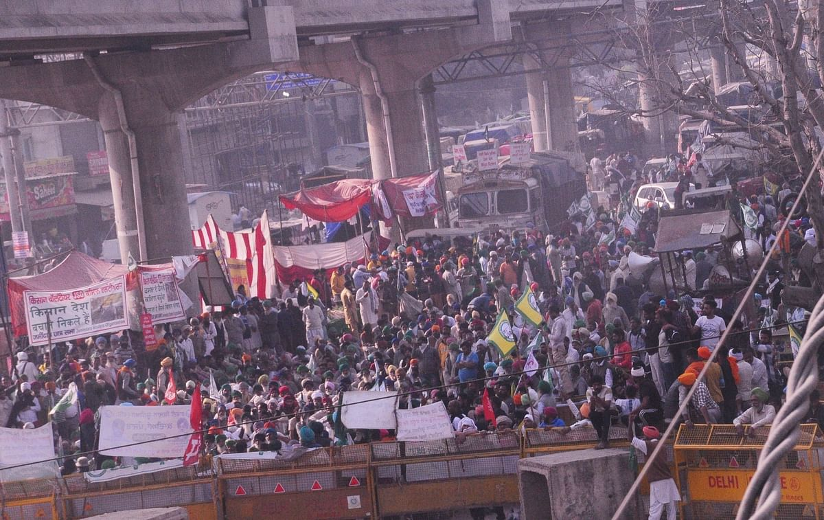Farmers' protest: Traffic in Delhi-NCR jammed, commuters hit