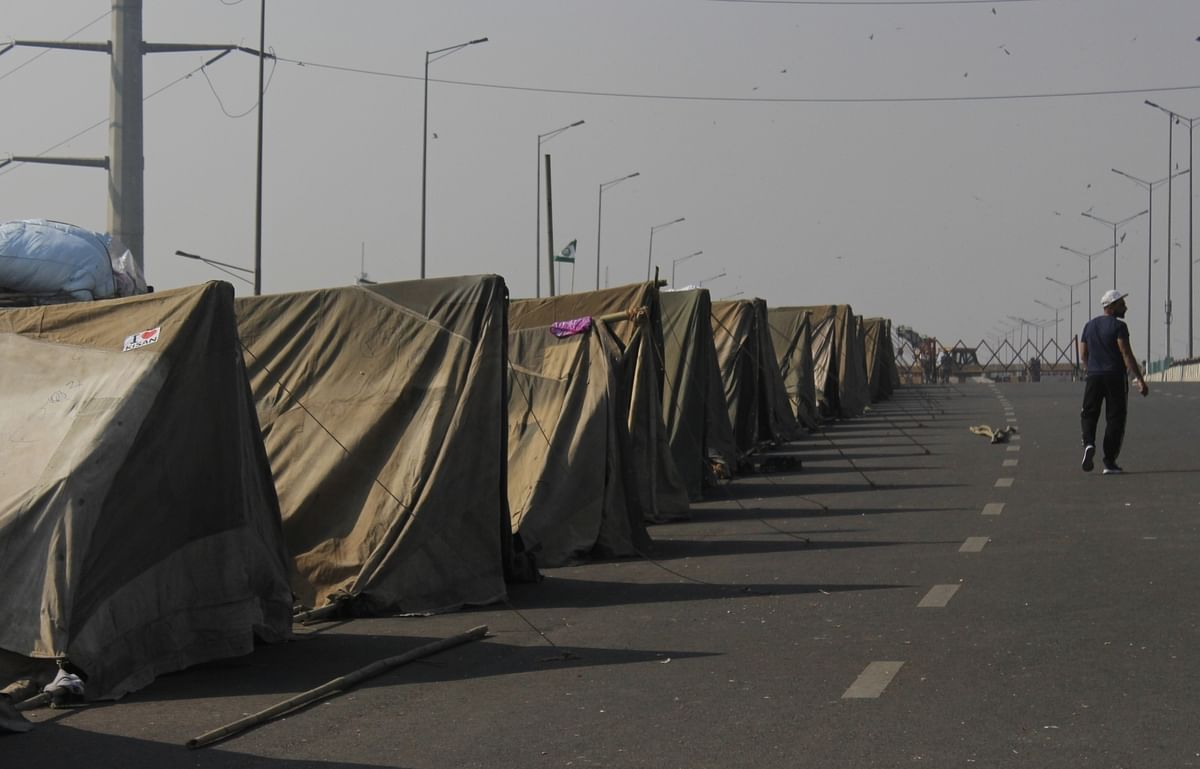 Makeshift tents which have come up at Ghazipur on the Delhi-UP border as the farmers' agitation against the Centre's three new contentious farm laws entered the 30th day, on December 25, 2020.