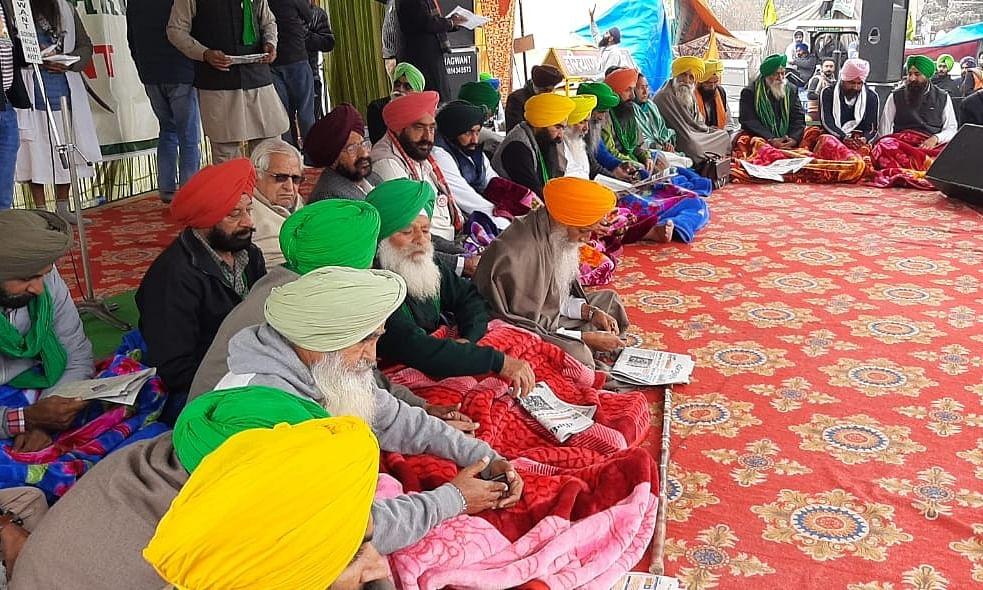 Farmers in Punjab, Haryana begin hunger strike