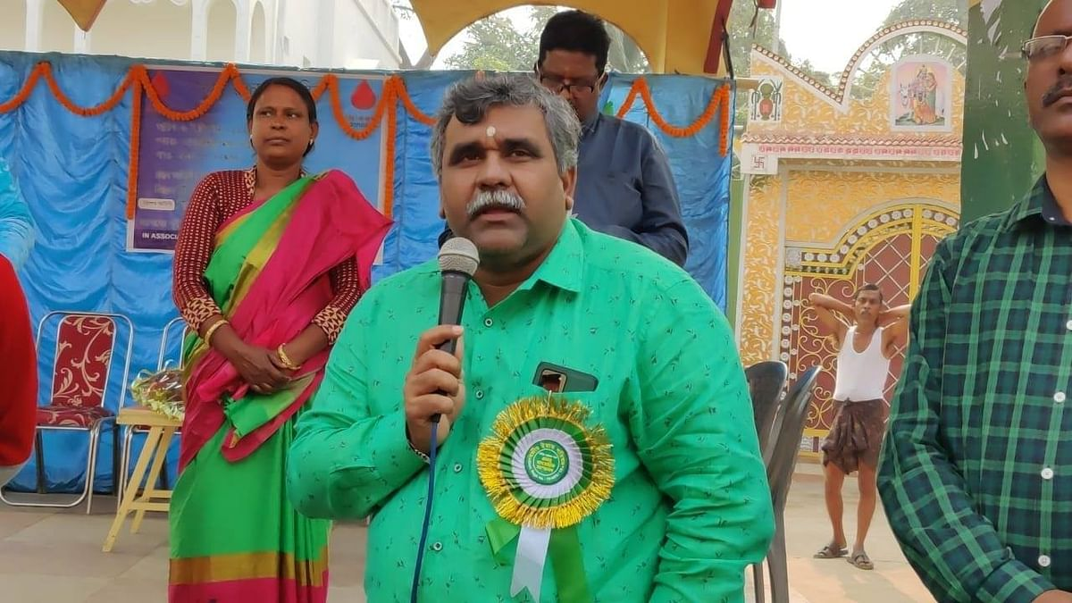 Dissident MLA Tiwari makes U-turn, stays in Trinamool
