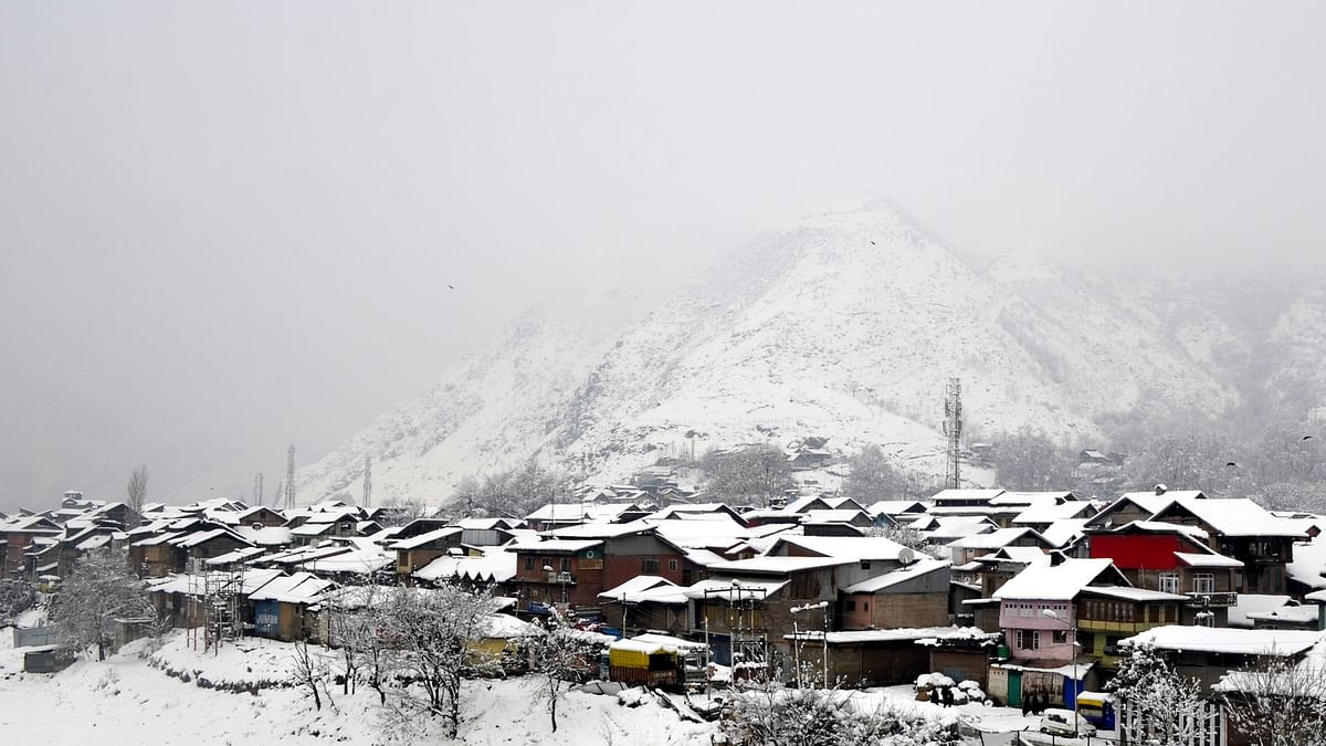 Fresh snowfall in Kashmir and Ladakh, more to follow