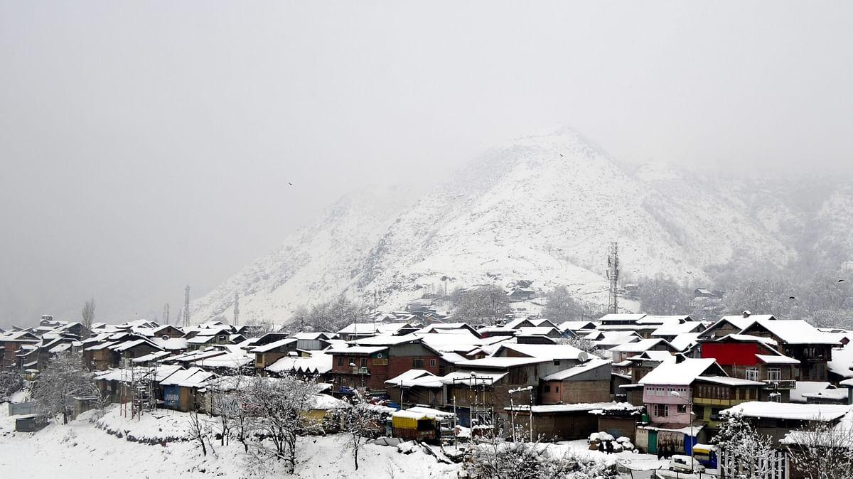 Fresh snowfall in Kashmir and Ladakh, more to follow