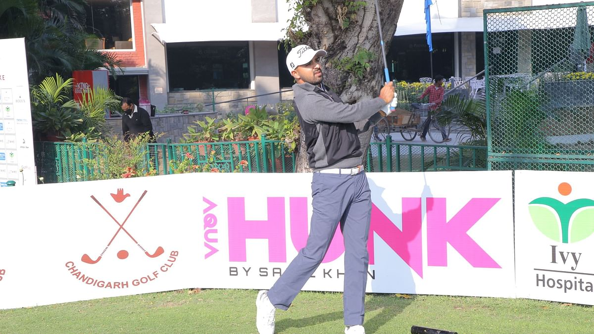 Golf: Khalin Joshi hits 66 to lead the field after first round
