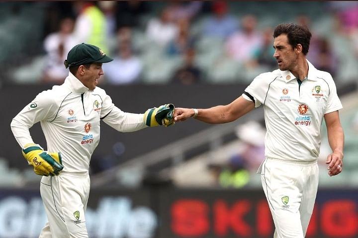 Australia take Day 1 honours as India reduced to 233/6
