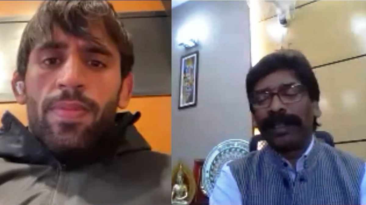 Wrestler Bajrang Punia receiving the FICCI India Sports Person of the Year Award from Jharkhand Chief Minister Hemant Soren, in a virtual ceremony, on December 9, 2020.