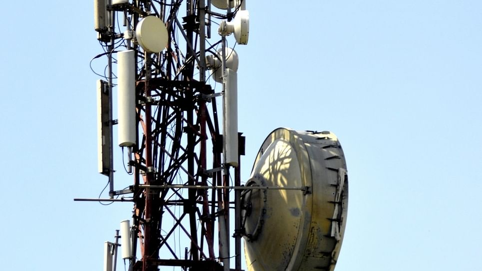 Don't vandalise telecom towers, farmers' leaders appeal from Delhi
