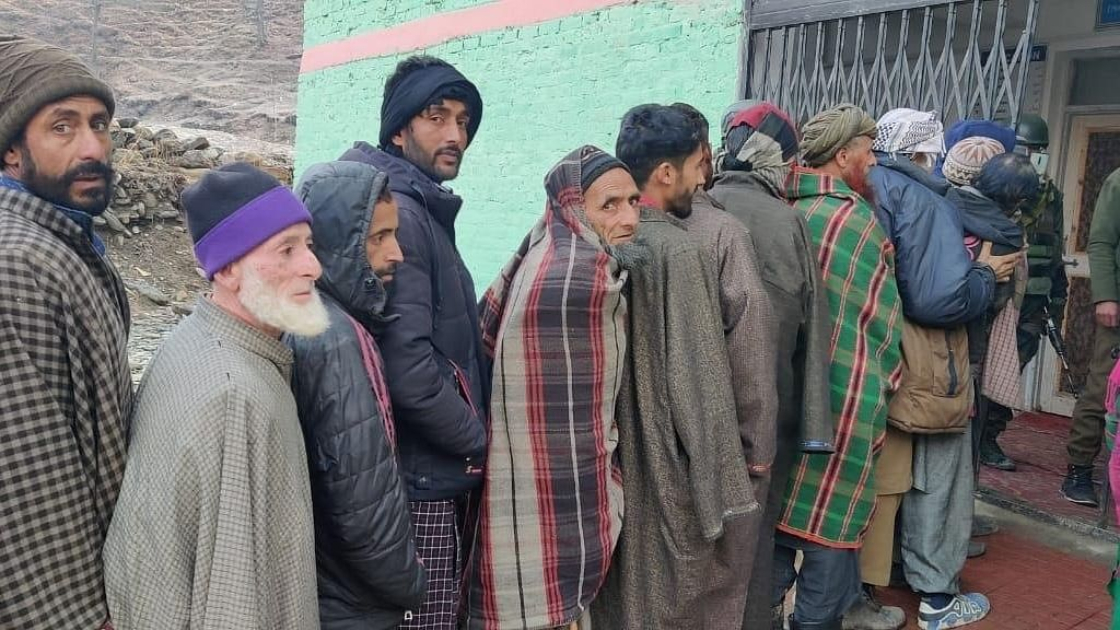 61.1% turnout in 3rd phase of J&K Panch bye-elections