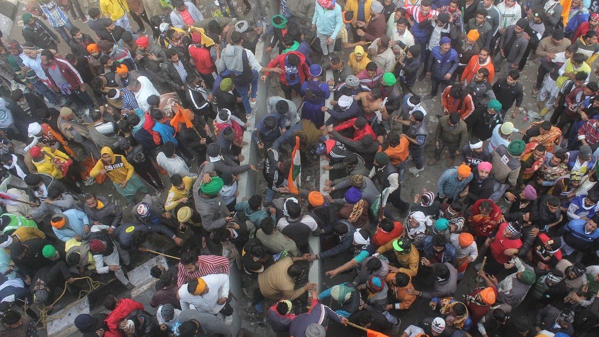 Internet suspended in Delhi's border areas after Singhu clash