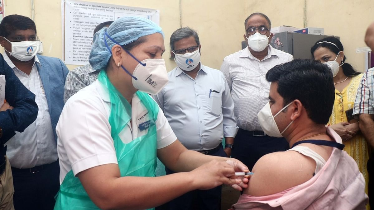 India logs 163 COVID-19 deaths, 14,545 new cases of infection