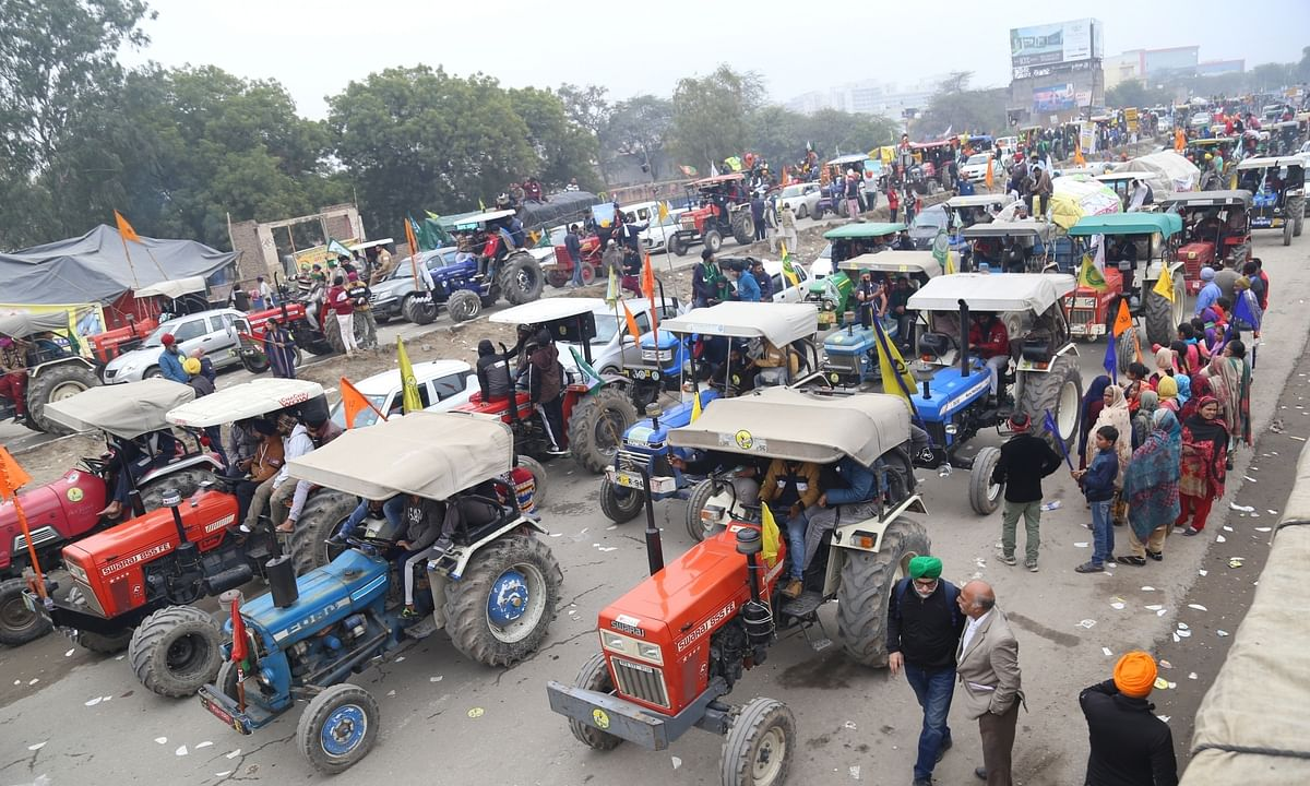 File photo of farmers protesting against the Central farm laws with a tractor march, at Singhu on the Delhi-Haryana border, on January 7, 2021.