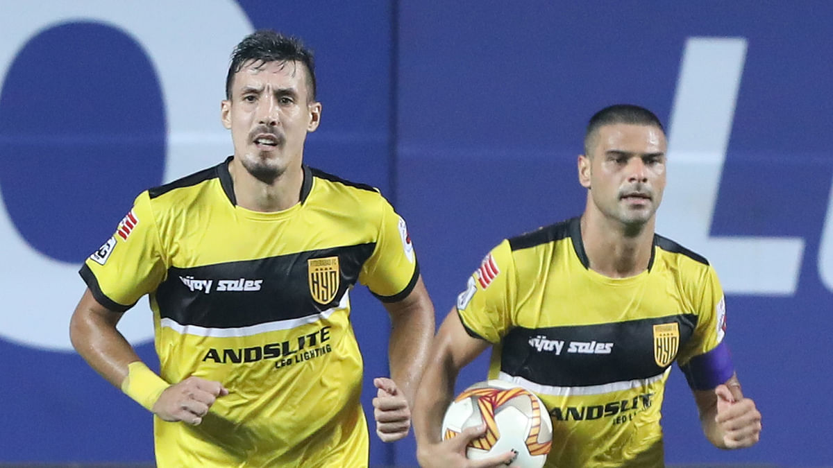 Hyderabad come from behind in late drama to leave Bengaluru frustrated in 2-2 draw