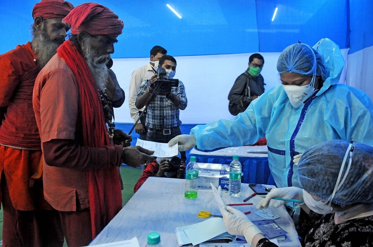 India registers 228 COVID-19 deaths, 18,222 new cases in last 24 hours