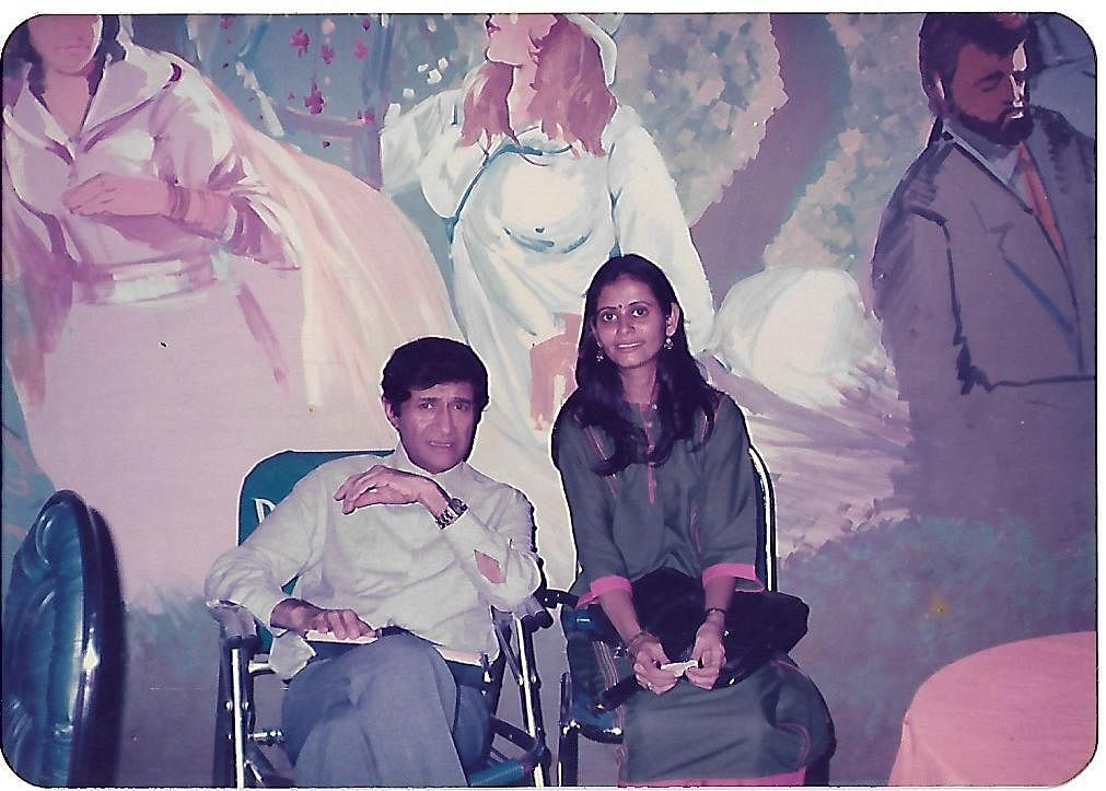 Anitaa Padhye with actor Dev Anand, brother of Vijay Anand