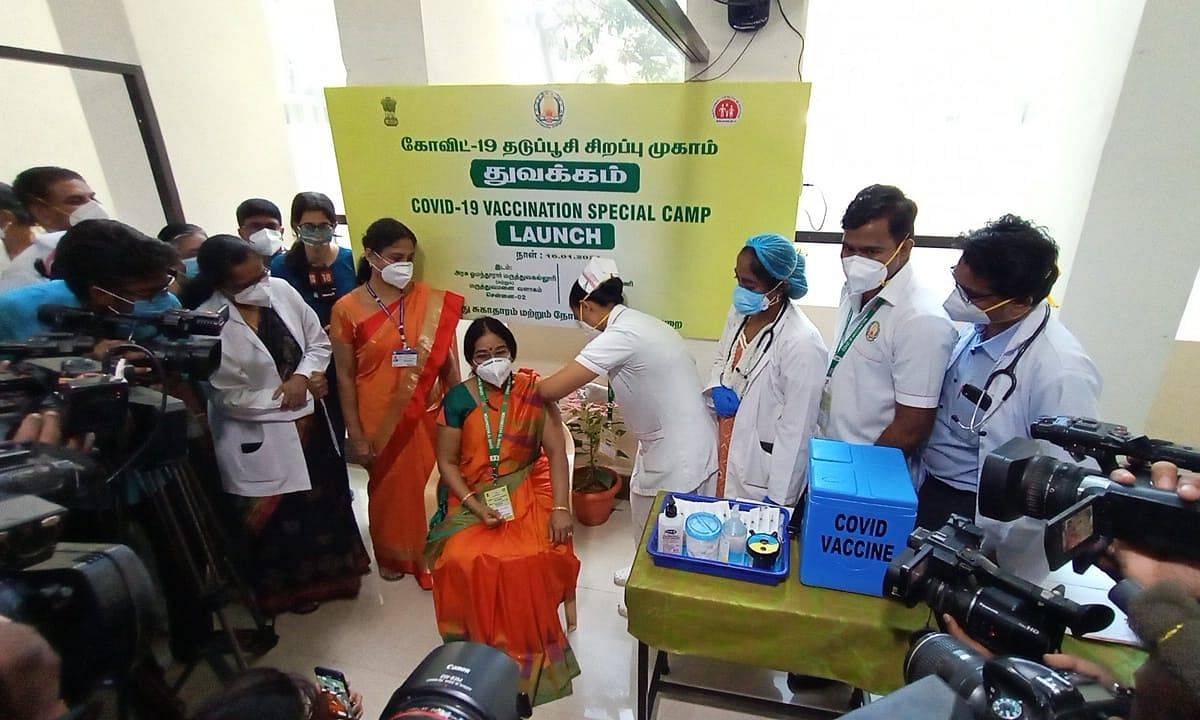 Doctors and other frontline healthcare personnel taking the COVID-19 vaccination, in Chennai on January 16, 2021.