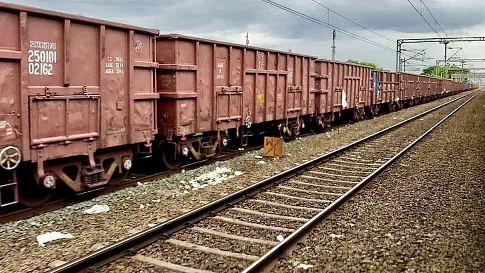 Railway freight movement in December up 8.54% at 118.13 million tonnes